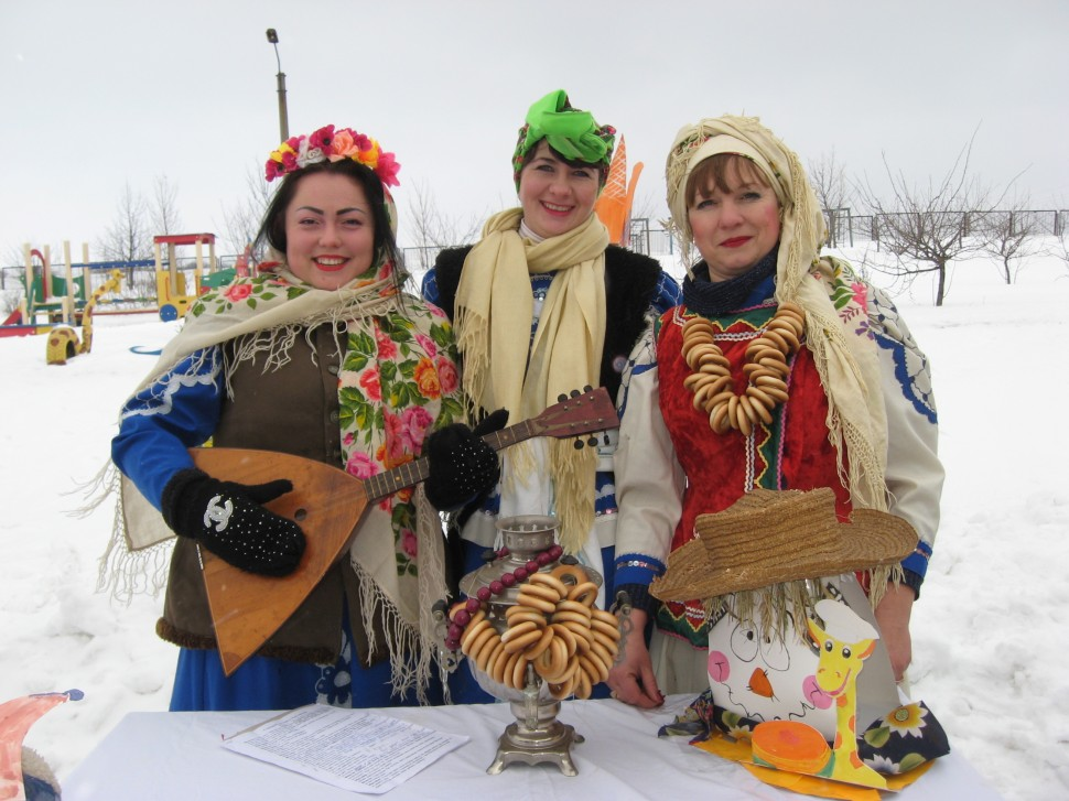 Альбом: Масляну святкували, люту зиму проводжали!